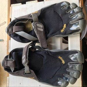 Vibram Fivefingers Running Shoes EUC